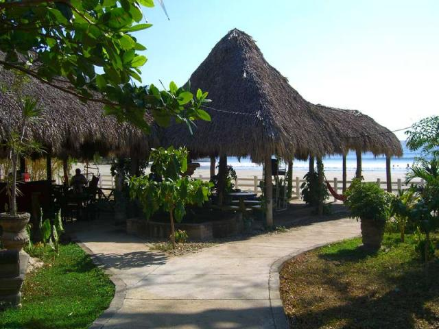 Playa Remanso beach palapa
